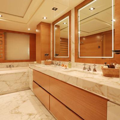 DB9 Master Bathroom