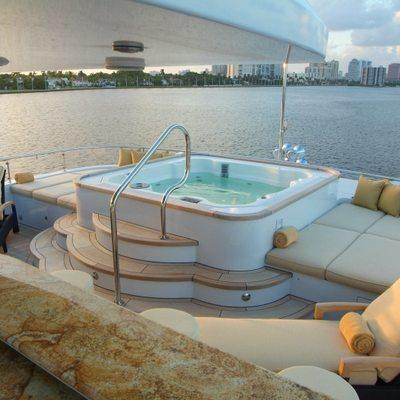 Aquasition Yacht Jacuzzi forward on sundeck