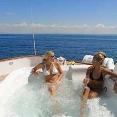 CD Two Jacuzzi