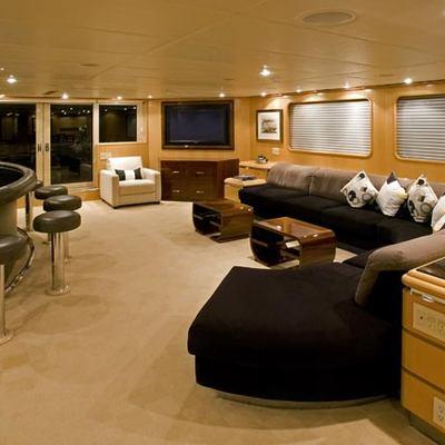 Maverick II Yacht Main Saloon