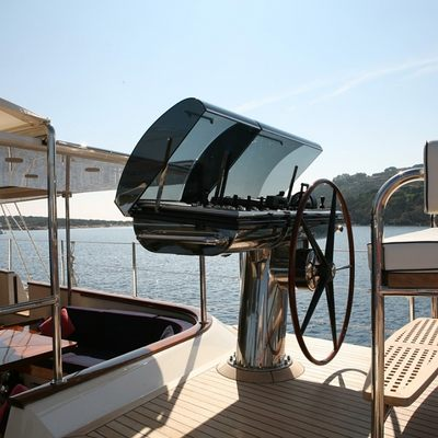 Heritage Yacht Detail