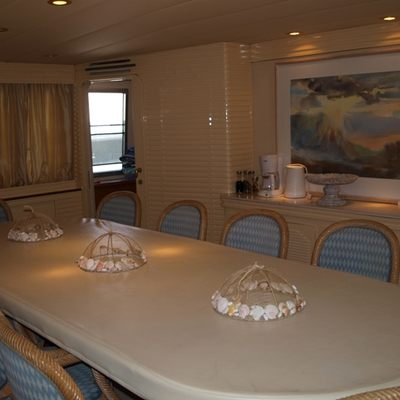 Paradis Yacht Dining Table