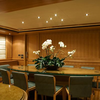 Hana Yacht Dining Table
