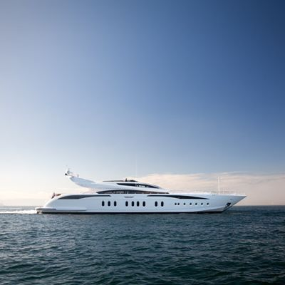 Lisa IV Yacht Profile