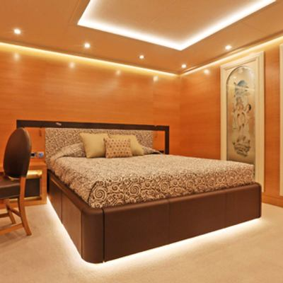 DB9 Yacht Guest Stateroom
