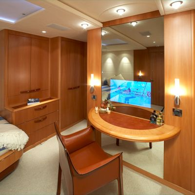 A Sulana Yacht Master Stateroom - Screen