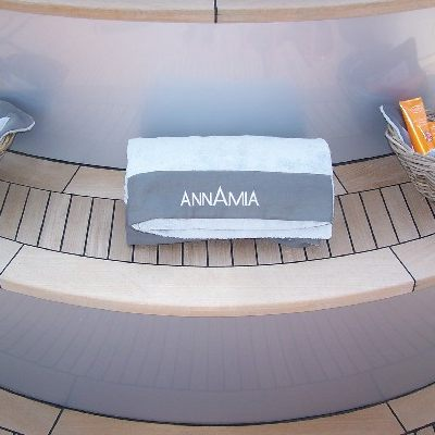 Annamia Yacht Jacuzzi Detail