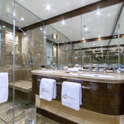 Revelry Yacht Guest Bathroom