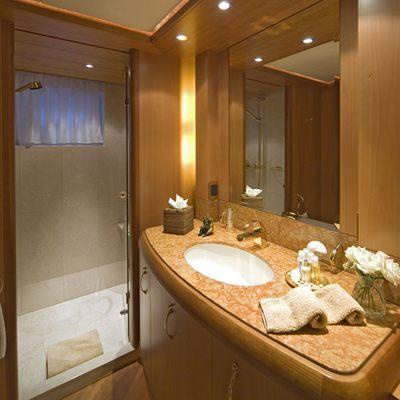 Solaia Yacht Shower Room