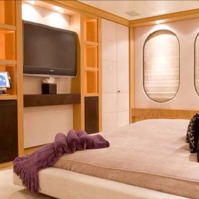 Mercury Yacht Master Stateroom - Screen