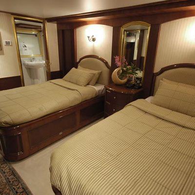 Kalizma Yacht Twin Stateroom