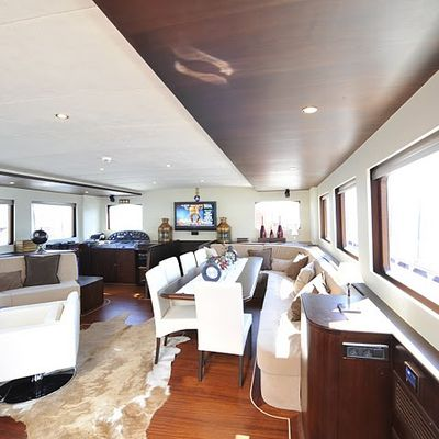 Casa Dell Arte II Yacht Salon