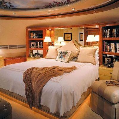 CV-9 Yacht Master Stateroom