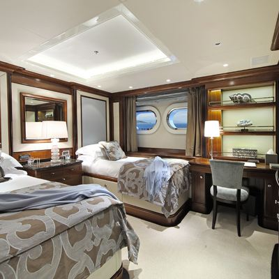Seanna Yacht Twin Stateroom - Blue