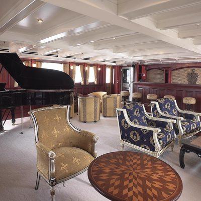 SS Delphine Yacht Bar