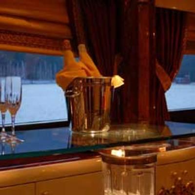 Crocus Yacht Bar
