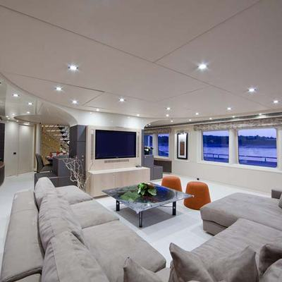 Daloli Yacht Main Salon Seating
