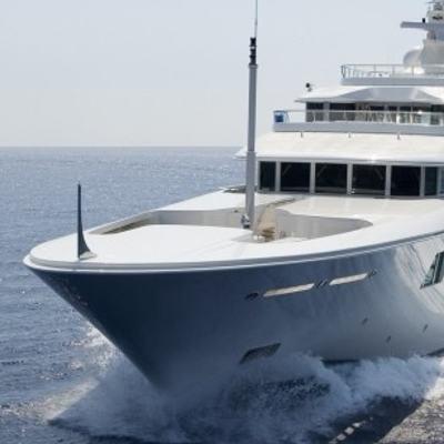 Lady E Yacht Bow