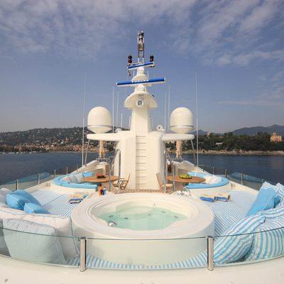 Hana Yacht Sundeck