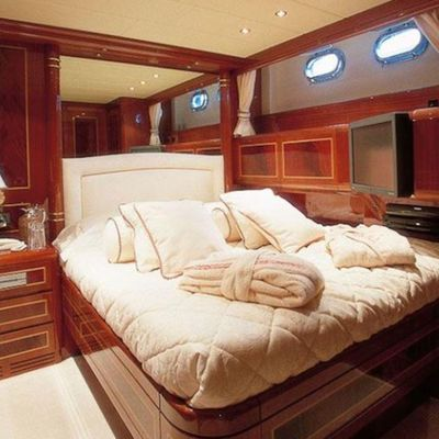 EL VIP ONE Yacht