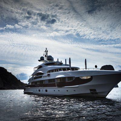 Quite Essential Yacht Low Profile