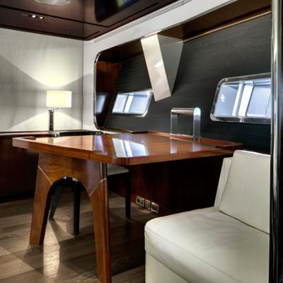 Vertigo Yacht Master Office
