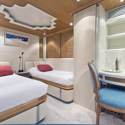 Desamis B Yacht Twin Stateroom