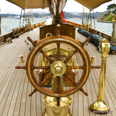 Lulworth Yacht Wheel