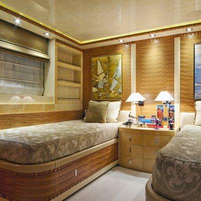 Vertigo Yacht First Twin Stateroom