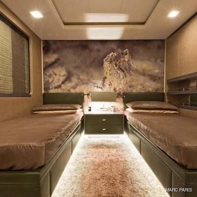 Liberty Yacht Neutral Twin Stateroom