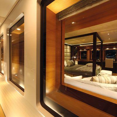 Zaliv III Yacht View into Cabin
