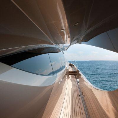 Griffin Yacht Exterior Detail