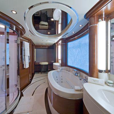 Latitude Yacht Master Bathroom