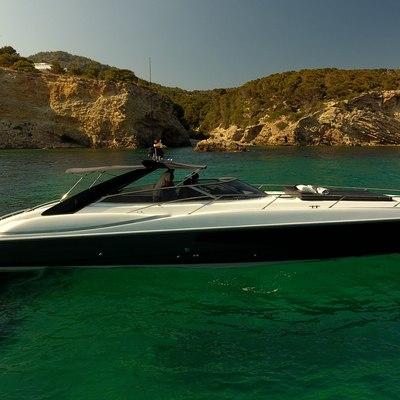 007 Yacht