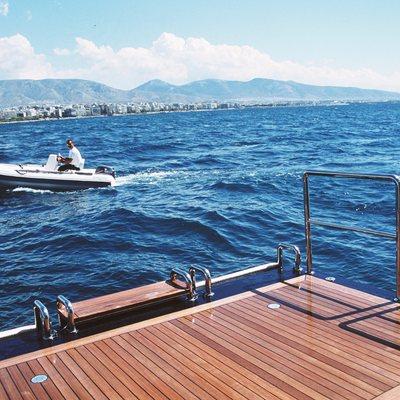 Alexandra Yacht Swim Platform