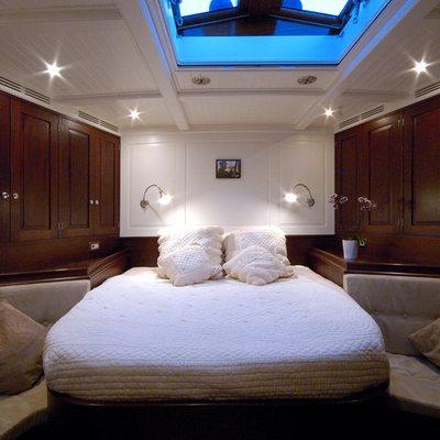 Aurelius Yacht