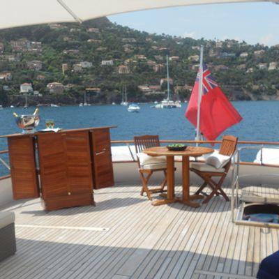 Ava Yacht Sundeck