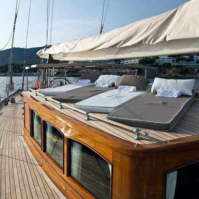 Gweilo Yacht Sunbathing Area