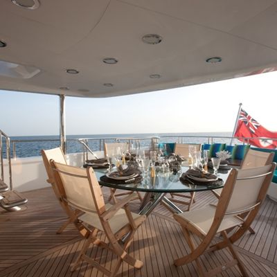 Just Enough Yacht Upper Aft Dining