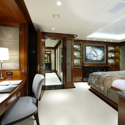 Seanna Yacht Guest Stateroom