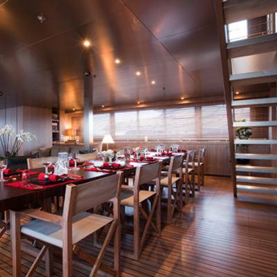 Mariu Yacht Main saloon dining