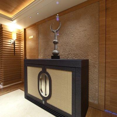 Naia Yacht Corridor - Sculpture