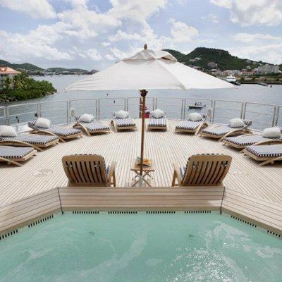 Freedom Yacht Jacuzzi & Sun Loungers