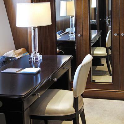 Seanna Yacht Master Desk