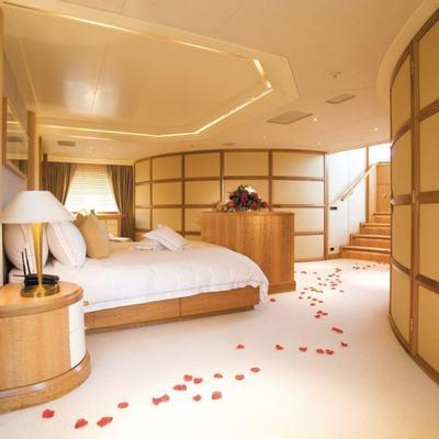 Lazy Z Yacht Master Stateroom