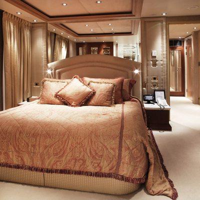 Moonlight II Yacht VIP Cabin