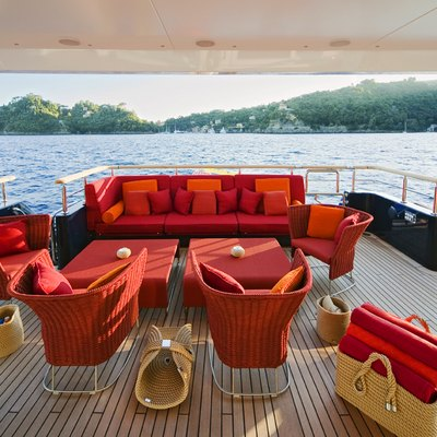 Baraka Yacht Main Aft Deck - Seating