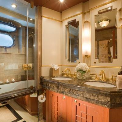 Queen D Yacht Starboard Guest Bathroom