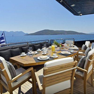 O'Pati Yacht Exterior Dining