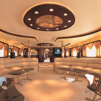 Golden Head Yacht Main Salon - Overview